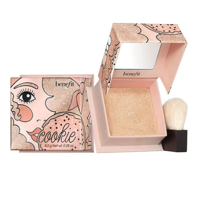 Benefit Powder Highlighter Shades: Cookie and Tickle
