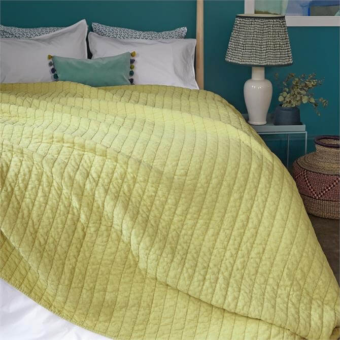 Bluebellgray Relaxed Washed Quilt