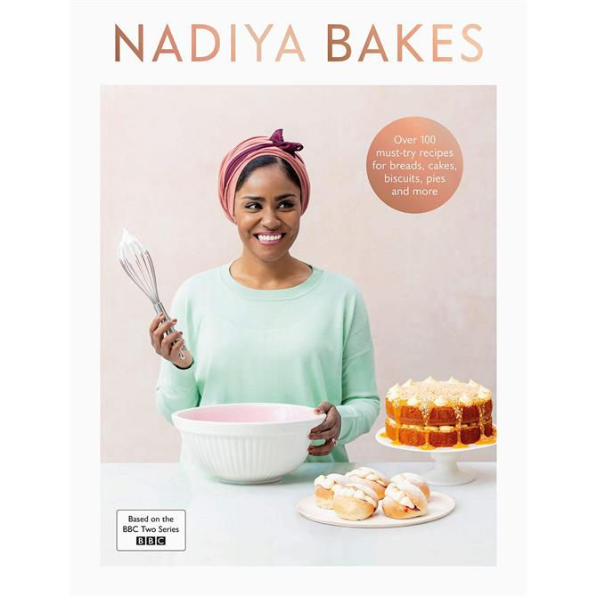 Nadiya Bakes By Nadiya Hussain (Hardback)