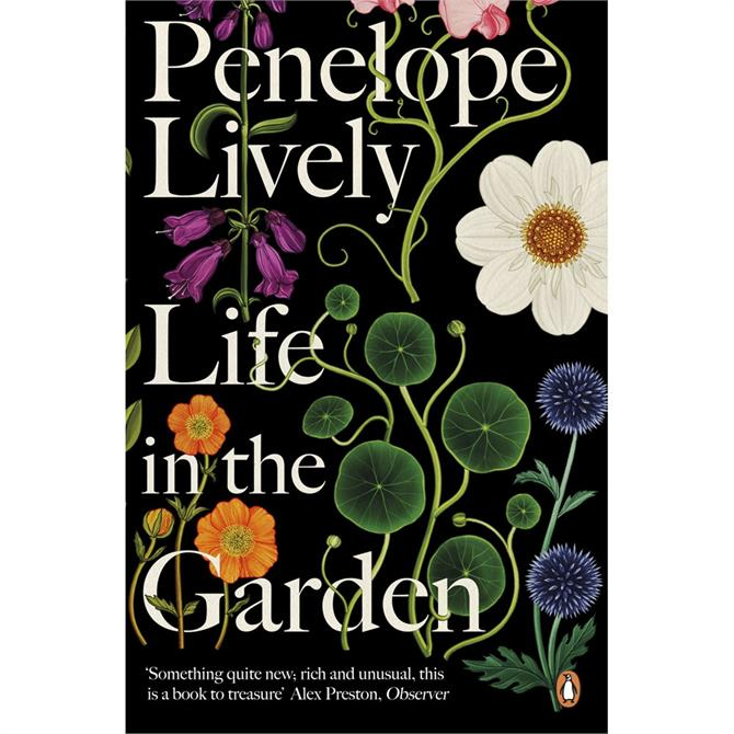 Life in the Garden By Penelope Lively Paperback
