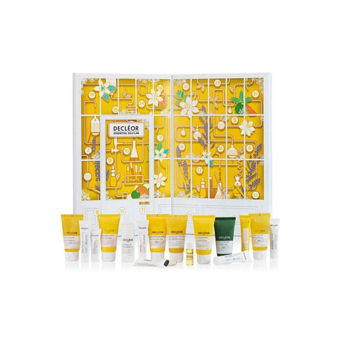 Delceor Essential Oils Lab Christmas Advent Calendar