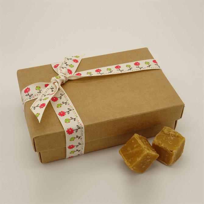 House of Flavours Medium Box of Luxury Clotted Cream Fudge 175g