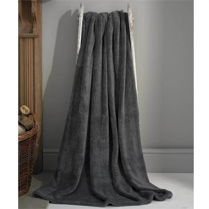 Deyongs Roosevelt Charcoal Deluxe Supersoft Throw
