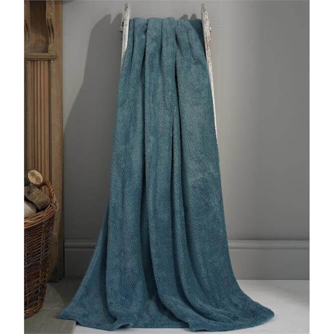 Deyongs Roosevelt Teal Deluxe Supersoft Throw