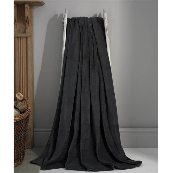 Deyongs Snuggle Touch Charcoal Extra Large Throw
