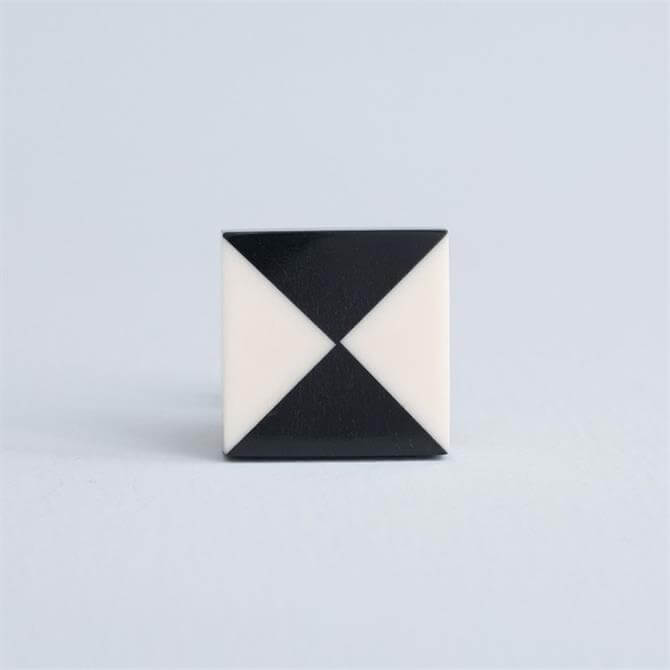Bombay Duck Square Knob White Black Triangles