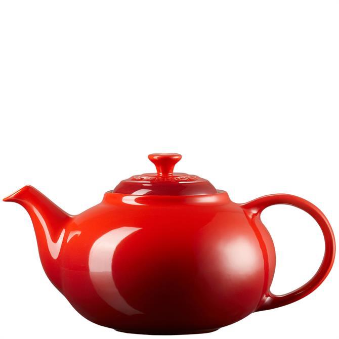 Le Creuset Cerise Stoneware Classic Teapot 1.3L