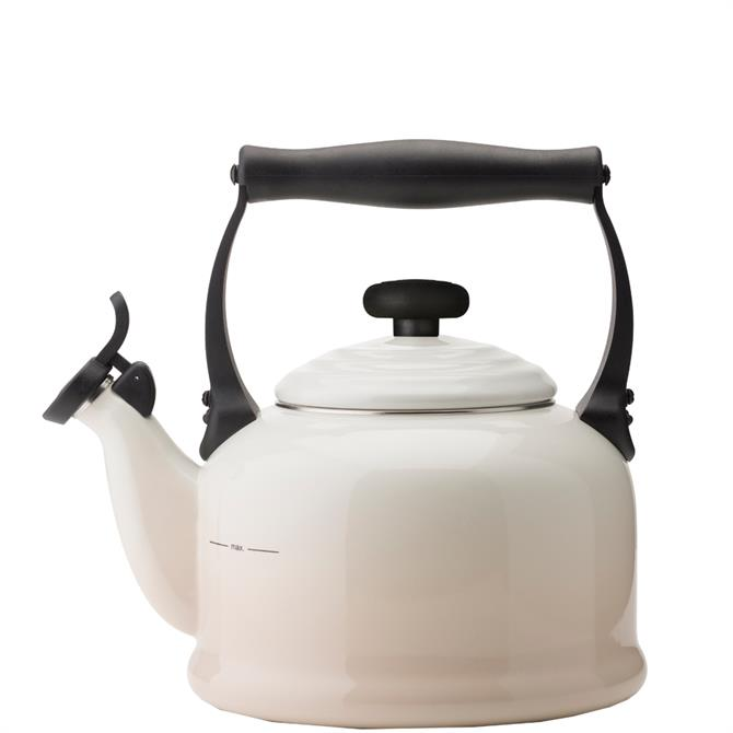 Le Creuset Meringue Traditional Kettle with Fixed Whistle 2.1L