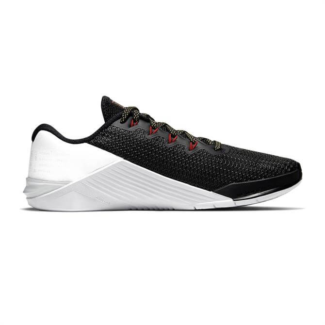 Nike Women's Metcon 5 Trainer – Black/White