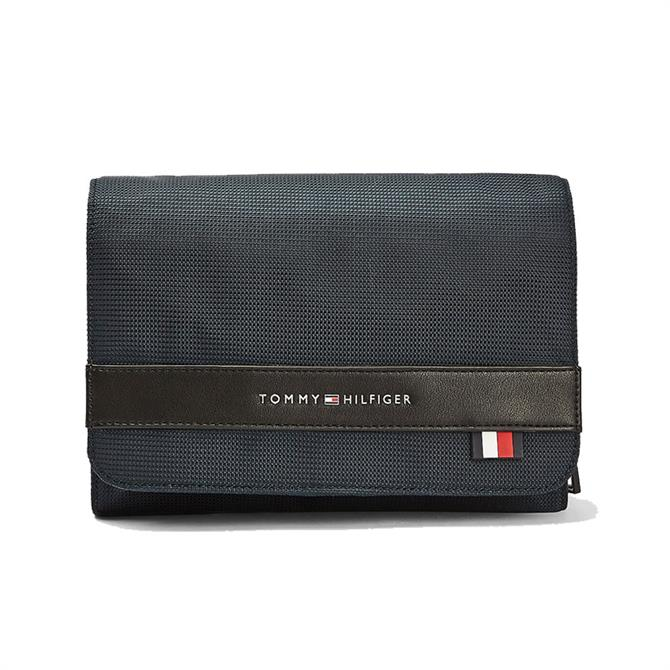 Tommy Hilifger Flap Closure Recycled Polyester Washbag