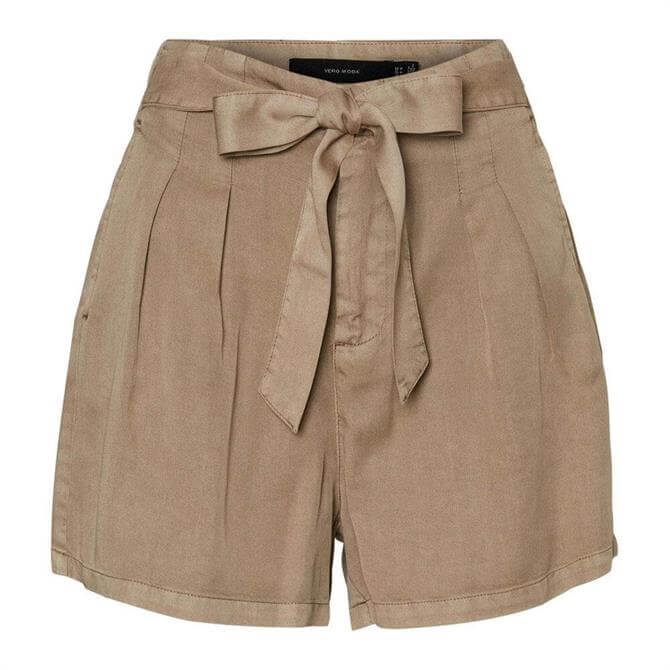 Vero Moda Mia Belted Shorts
