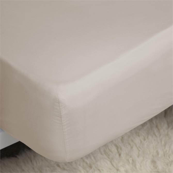 Belledorm Egyptian Cotton Thread Count 200 Oyster Fitted Sheet