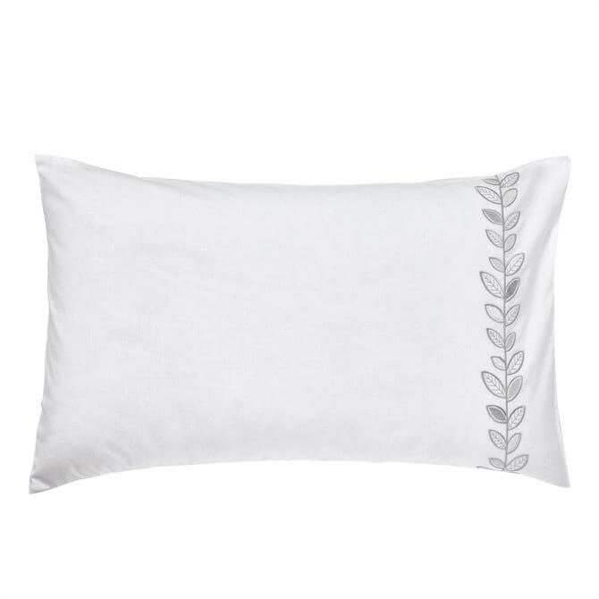 Helena Springfield White/Silver Petal Housewife Pillowcase