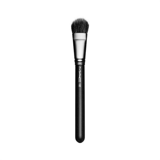 MAC 132 S Duo Fibre Foundation Brush