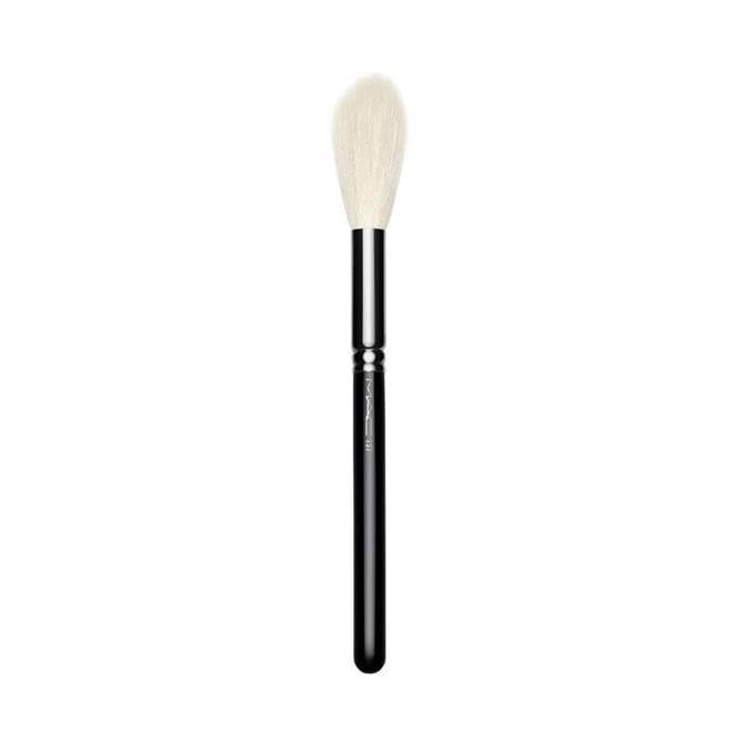 MAC 137 S Long Blending Brush