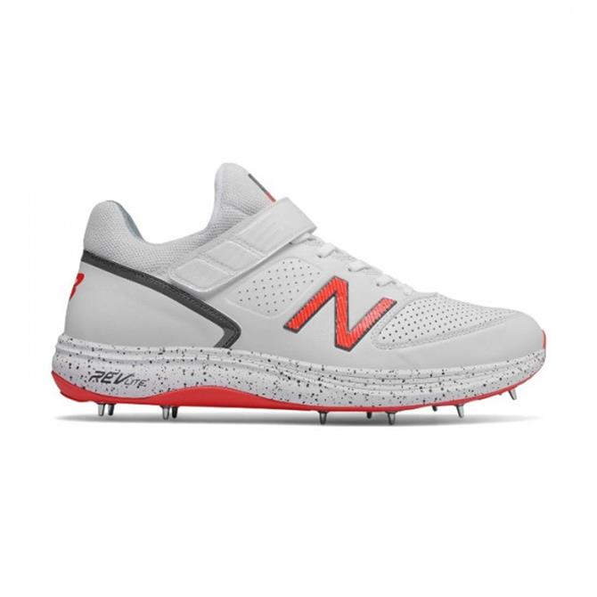 New Balance Men's Cricket 4040v4 Bolwers Spike Shoe