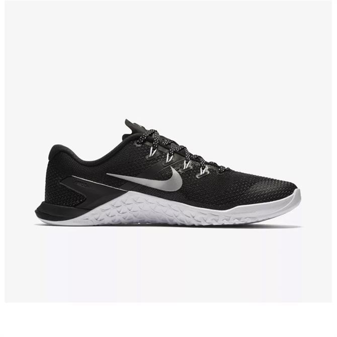 Nike Women's Metcon 4 Cross Training Fitness Shoe - Black Metallic